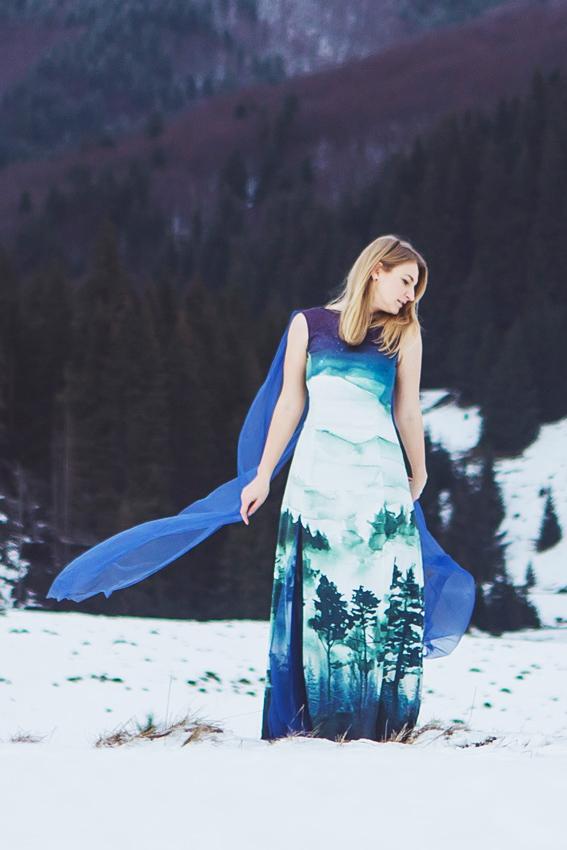 Rochie de seara personalizata cu imprimeu peisaj- #SinestezicQueens - Sinestezic