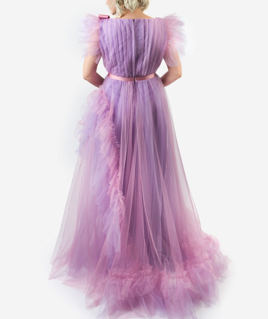 Sinestezic | Designer vestimentar roman | Rochie de seară Lavender Love | Rochie de seara lunga din tulle lila | Rochie de ocazie lunga lila