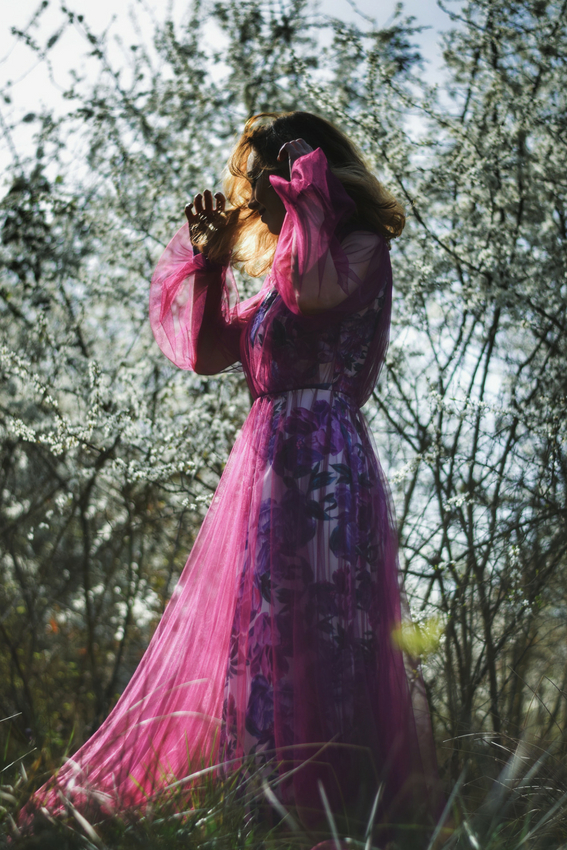 Rochie de seara cu imprimeu floral | Sinestezic | #SinestezicQueens | Madalina Zlamparet
